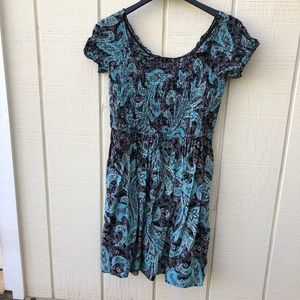 xhiliration L smocked bodice short sleeve dress